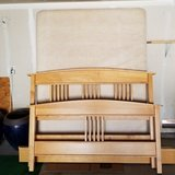 Quen size bed frame with Box frame in Vacaville, California