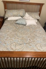 Solid Oak Queen Bed Frame in Naperville, Illinois