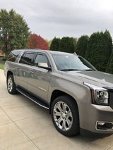 2019  Yukon XL in Plainfield, Illinois