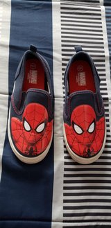 Boys Spider-Man shoes size 13/1 in Beaufort, South Carolina