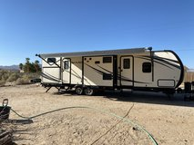 318 TSBHK Palomino RV in 29 Palms, California