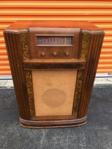 Antique Air Firestone Chief Radio/ Cabinet in Cherry Point, North Carolina