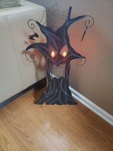 Spooky 3ft Light Up Metal Tree in Elgin, Illinois
