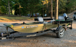 14' Polarcraft Jon boat in Fort Campbell, Kentucky