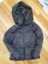 North Face Jacket in Glendale Heights, Illinois