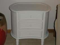 Accent Table/Night Stand in Orland Park, Illinois