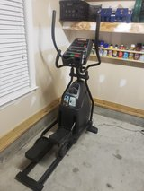 Horizon Fitness CSE3.6 Elliptical Trainer in Camp Lejeune, North Carolina