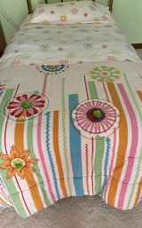 Twin comforter set, sheets, pillow case (Girl's) in Chicago, Illinois