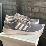 NWT And Box Womens Adidas QT Racer Gray and White in Fort Bliss, Texas