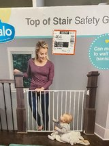 Regalo Extra Wide 2-in-1 Stairway and Hallway Safety Gate with Mounting Kit: in Leesville, Louisiana