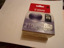 Canon 210 XL and 211 XL Ink Pack Bundle, Black and color in Fort Hood, Texas