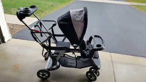 Sit and stand stroller in Oswego, Illinois