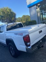 A.R.E.  FIBERGLASS BED COVER 5ft bed 2019  TOYOTA TACOMA in Beaufort, South Carolina