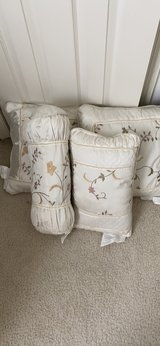 Victoria Classic Throw Pillows in Fort Belvoir, Virginia