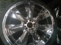 Chrome wheels in Clarksville, Tennessee