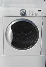 BUYER BEWARE Electric Frigidaire Dryer Listed here on Bookoo is falsely advertised in Bolingbrook, Illinois