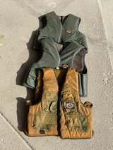 3 adult fishing vests in Bolingbrook, Illinois