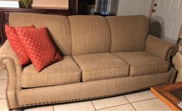 Queen sized sofa in 29 Palms, California