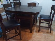 Used Dining room table set in Fort Campbell, Kentucky