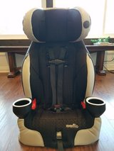 Evenflo 2-in-1 Harness Booster Car Seat in Camp Pendleton, California