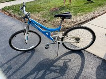 Girls 22 inch Bike in Naperville, Illinois