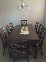 Dining room Table & Chairs in Naperville, Illinois