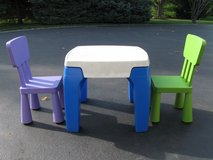 Kids Table & Chairs in Joliet, Illinois