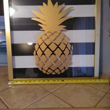 "20"" x 20"" pineapple glass art in Alamogordo, New Mexico"