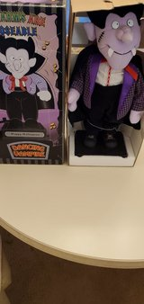 Vintage Dracula new in box sings and dances in Algonquin, Illinois