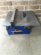 Portable wet tile saw in Cleveland, Texas