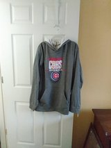 chicago cubs hoodie in Batavia, Illinois