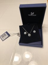 Swarovski Angelic Lazo/Set: Stud Pierced Earrings and Round Pendant White Rhodium Plated in Fort Campbell, Kentucky