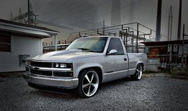 LS Swapped 1990 Chevrolet Silverado in Fort Campbell, Kentucky