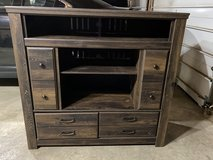 tv stand rustic wood in Joliet, Illinois