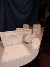 Free Ceramic Molds in St. Charles, Illinois