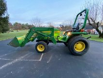 John Deere 855 MFWD (4WD) Compact Utility Tractor in Pearland, Texas