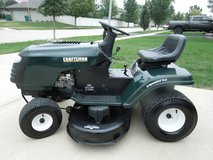 "Craftsman Lawn Tractor 15.5 HP 42""CUT in Orland Park, Illinois"