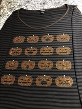 Women's Halloween Top with Rhinestone Pumpkins-Macy's-Size 1X in St. Charles, Illinois