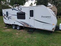 2014 passport  25 feet with super slide out in Spring, Texas