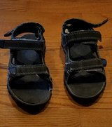 Boy's Size 2Y Sandals in Bolingbrook, Illinois
