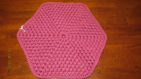 New - Two (2) Crocheted Place Mats Burgundy Color in Warner Robins, Georgia