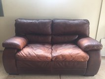 Nice leather couch in Aurora, Illinois