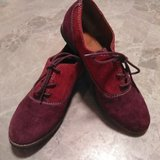Womens 7M Suede Leather Shoes in Alamogordo, New Mexico
