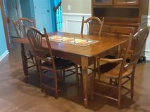 Dining Room Table and Chairs in Wilmington, North Carolina