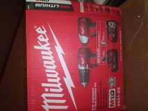 18v Milwaukee set in Clarksville, Tennessee