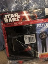 Boys Star Wars long underwear NIP 4/5 in Naperville, Illinois