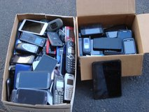 YOUR CHOICE OF CELL & FLIP PHONES in Batavia, Illinois