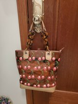 FABULOUS TOTE BRAND NEW! in Great Lakes, Illinois