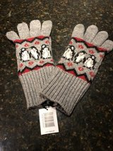 New Vera Bradley Jacquard Tech Gloves - Playful Penguins Red in Bolingbrook, Illinois