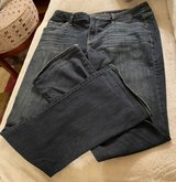 Size 10 Women's Jeans in Bolingbrook, Illinois